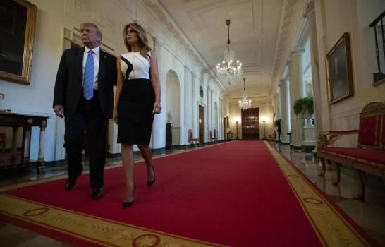 Trump presiona a las autoridades de EEUU a reabrir escuelas
