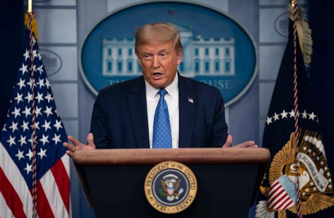 """""""Asediado por la realidad"""", Trump descubre que la negación no detendrá la pandemia"""