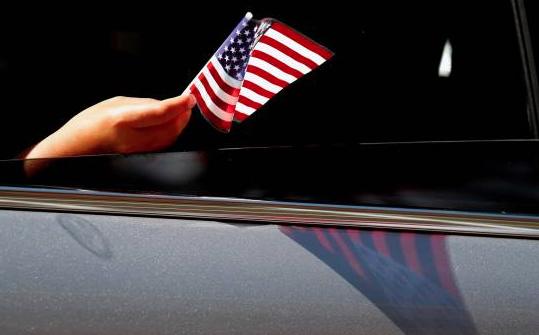 Un 4 de Julio con récord de COVID-19 en Florida aunque Trump ve recuperación