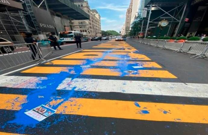 Vandalizan de nuevo mural de 'Black Lives Matter' en Nueva York