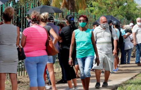 Cuba celebra su primer día sin contagios de COVID-19 pero no baja la guardia