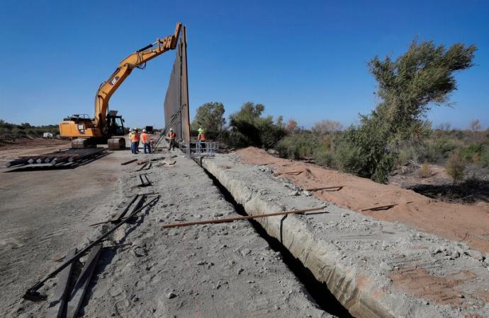 Entregan tierras públicas para infraestructura del muro fronterizo de Trump