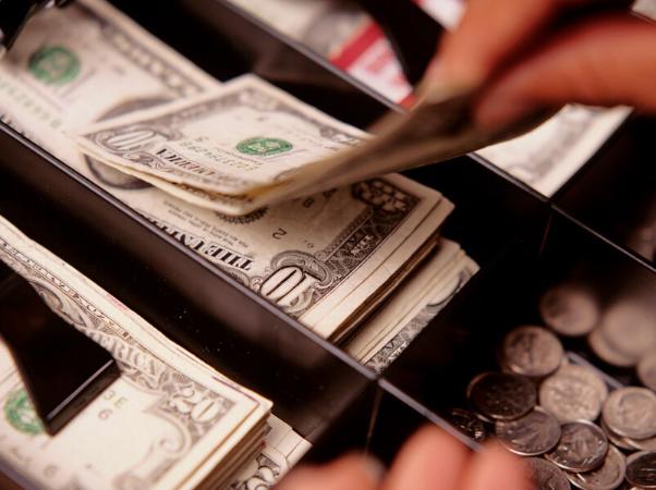 La escasez de monedas comienza a afectar la operación del comercio