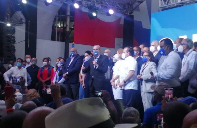 «Los queremos presos», aumenta exigencia a Luis Abinader