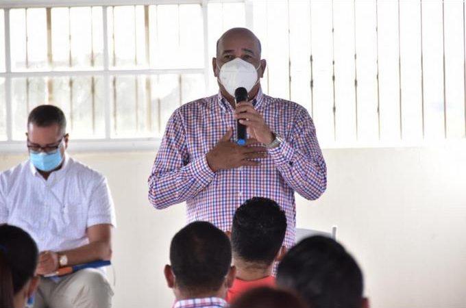Bautista Rojas Gómez, el exministro de Salud que regresa al Senado por Hermanas Mirabal
