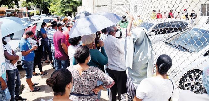 El coronavirus arrincona al país hasta punto crítico