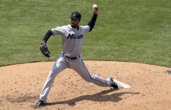 Marlins suspenden juego inaugural en Miami por coronavirus