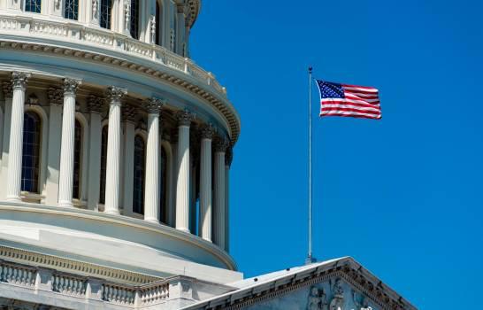 Guardia de EEUU critica 'fuerza excesiva' en desalojo frente a Casa Blanca