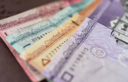 Fitch estima que economía dominicana caerá 5 % y prevé deterioro del crédito