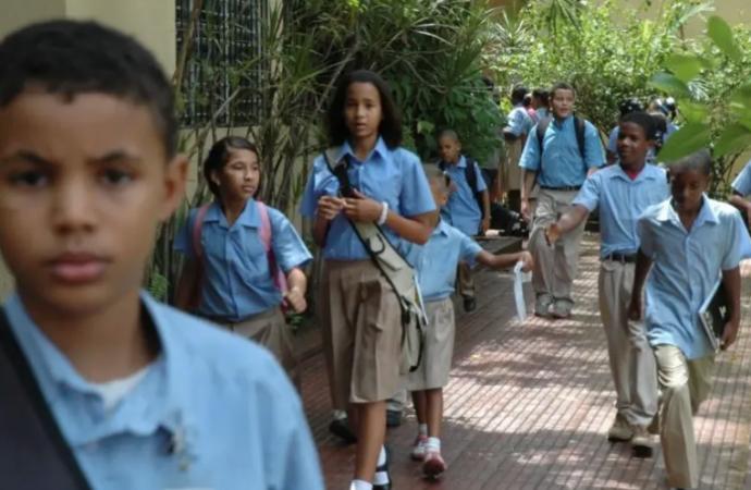 Apagones amenazan la educación virtual