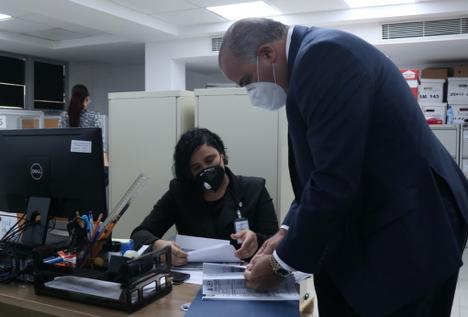 Senador Alexis Victoria Yeb deposita Declaración Jurada