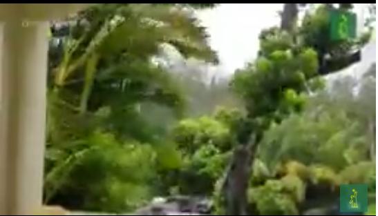 Huracán Isaías azota Bahamas mientras Florida se prepara