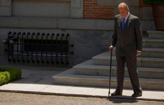 ¿Por qué abandonó España el rey emérito Juan Carlos?