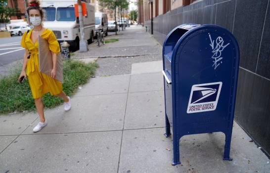 Legisladora demócrata promete pelear para salvar el servicio postal de EE.UU.