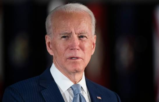 Biden pide el voto latino y asegura que Trump es un incompetente