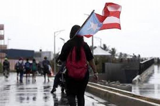 Puerto Rico impone el confinamiento los domingos para frenar la COVID-19