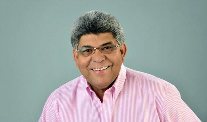 Director del Fonper gana 521 mil pesos mensuales, más que el sueldo del presidente del país