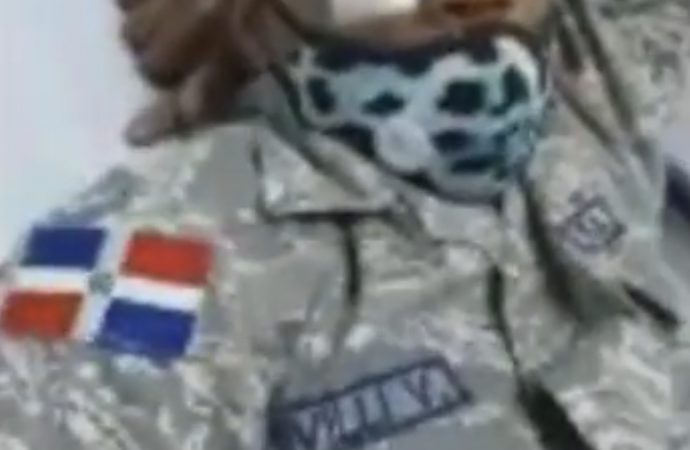 No dejen morir a este soldado dominicano
