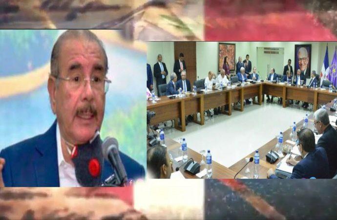 Danilo Medina desesperado porque sabe lo que le espera | El Jarabe Seg-4 17/09/20