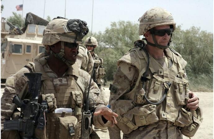 Los pocos, los orgullosos, los blancos: el Cuerpo de la Marina se opone a ascender a generales de color
