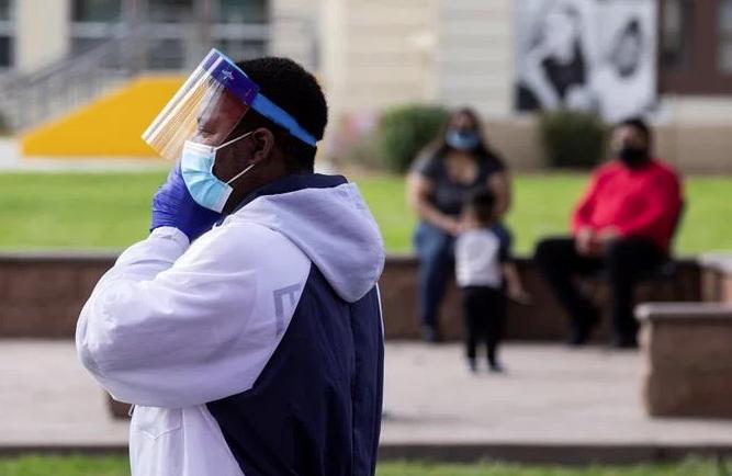 EE.UU. supera las 187,000 muertes por COVID-19 y roza 6,2 millones de casos