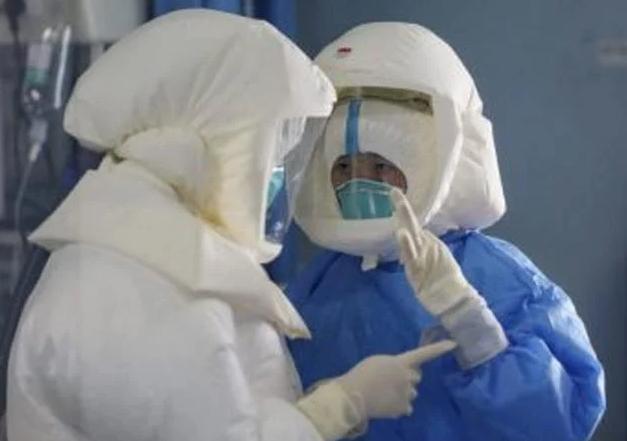 Unos 3 millones de trabajadores sanitarios en el mundo han tenido COVID, según un estudio