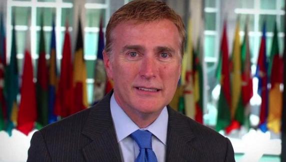 Ex embajador Wally Brewster pide a dominicanos con doble nacionalidad votar por Joe Biden
