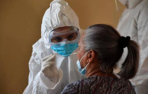 En las últimas 24 horas se realizaron 2,599 pruebas PCR; se registran 10 muertes y 486 contagios