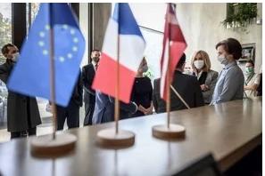 Nuevas restricciones para intentar frenar la pandemia en Europa
