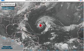 Epsilon ya es huracán y el jueves pasará cerca de Bermudas