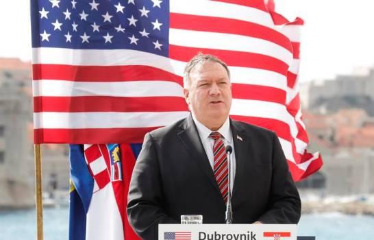 Pompeo anuncia que ha dado negativo y afirma que Gobierno de EEUU es estable