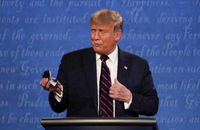 Donald Trump está de «buen humor», sin fiebre y respirando bien