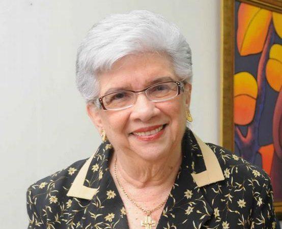 Muere la política y educadora Yvelisse Prats de Pérez
