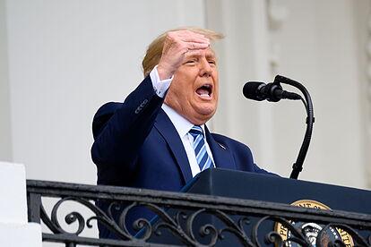 Trump, «inmune» a la COVID-19 y listo para retomar batalla electoral