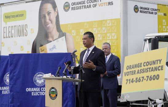 Urnas no oficiales en California pertenecen a republicanos