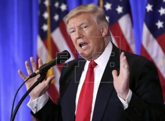 Trump no podrá volver a Facebook, por ahora, resuelve Junta