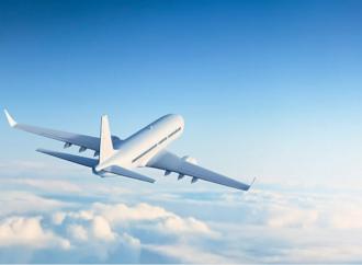 Multa de RD$1.8 millones para mujer por comportamiento rebelde y no usar mascarilla durante vuelo